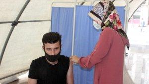 Kilis'te korona virüs nedeniyle hastaneye yatanların yüzde 90'ı aşısız