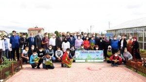 Konya'da özel öğrencilerin hasat sevinci