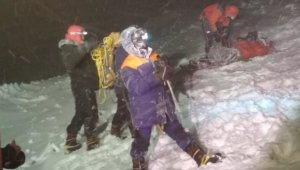 Rusya'daki Elbruz Dağı'nda 19 dağcı mahsur kaldı: 5 ölü