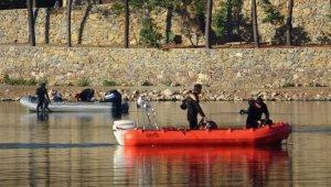 Sancaktepe'de gölde kaybolan kişiyi arama çalışmaları yeniden başladı