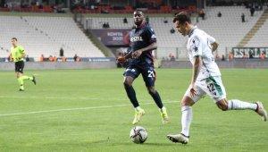 Süper Lig: Konyaspor: 2 - Trabzonspor: 2