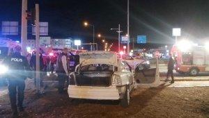 Susurluk'ta trafik kazası: 3 yaralı