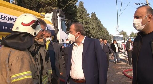 Avcılar Belediye Başkanı Hançerli, yangının ardından olay yerinde incelemelerde bulundu