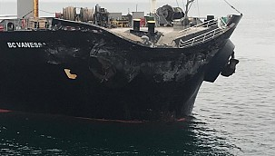 Çanakkale Gelibolu açıklarında yük gemileri çarpıştı