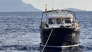 Datça açıklarında sürüklenen tekne kurtarıldı