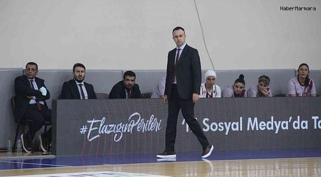 Elazığ İl Özel İdare Başantrenörü Hakan Acer: ''Grup maçlarına galibiyetle başlamak önemliydi''