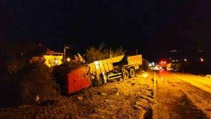 Freni boşalan kamyonun sürücüsü faciayı önlemek için canını hiçe saydı