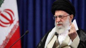 İran Dini Lideri Hamaney'den 2 bin 825 mahkuma af veya ceza indirimi