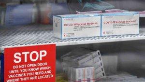 İsveç ve Danimarka, Moderna aşısının kullanımını askıya aldı