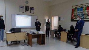 Kaymakam, Muzaffer Leman Akpınar Mesleki Ve Teknik Anadolu Lisesi'nde gençlerle buluştu