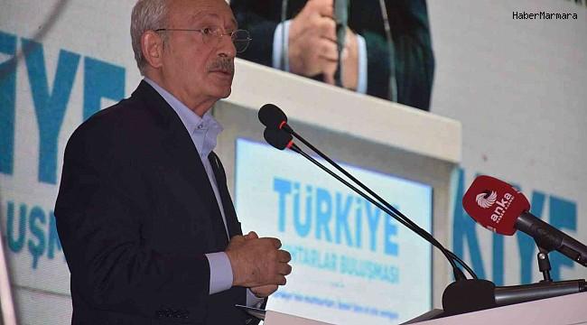"""Kılıçdaroğlu, """"Türkiye Muhtarlar Buluşması""""nda konuştu"""