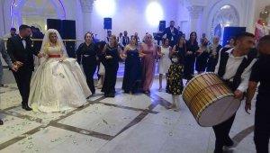 MHP İl Başkan Yardımcısı Zazaoğlu'nun kardeşinin düğünü miting havasında geçti