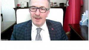"""Prof.Dr. Uzun: """"Geleceğe yatırım yapmakta geç kalmamalıyız"""""""