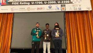 Satranç dünya şampiyonu büyükşehirden