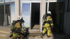 Tıp merkezinde korkutan yangın: Hastalar ve personel tahliye edildi