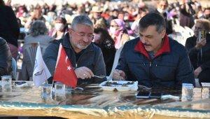 Vali Çiftçi ve Başkan Aşgın şükür lokmasına katıldı