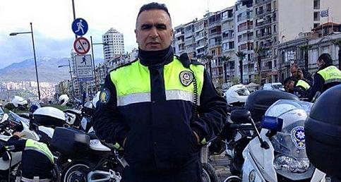 Kahraman Polis Anılıyor... İzmirli Gençlerden Duygulandıran Anma!