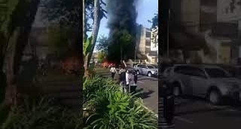 Endonezya'da 3 Kiliseye Bombalı Saldırı Düzenledi