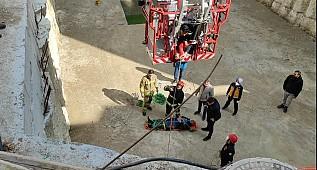 Bursa'da İşçi 7 Metreden Düştü